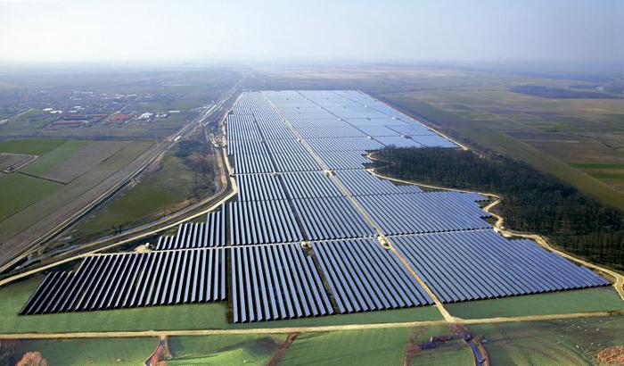 ANEEL autoriza operação comercial de mais quatro usinas solares